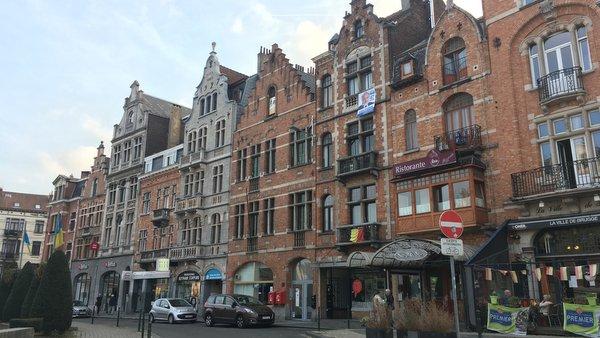 Anderlecht : Place de la Vaillance