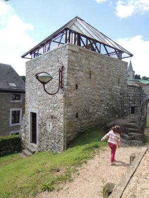 Comblain-au-Pont : le donjon de Montuy