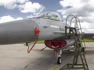 Le F16