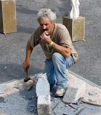 Les artistes travaillent dans les rues de Dinant