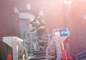 incendie de maison avec sauvetage de victimes