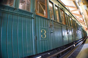 Wagons au musée du chemin de fer à vapeur à Treignes