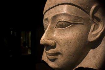 statue egyptienne, collections du musée de Mariemont