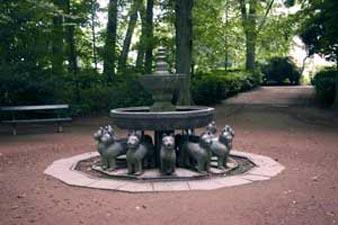 Le parc qui entoure le musée de Mariemont est rempli d'oeuvres d'art