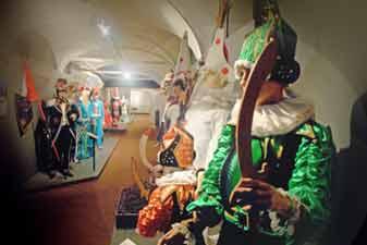 Musée du masque et du carnaval : étage