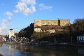 Huy : le fort et la Meuse
