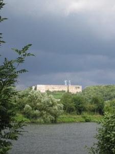 La Citadelle de Huy sous l'orage