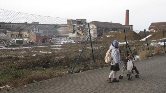 La Louvière : démolition de l'usine Royal Boch