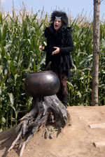 La sorcière vous attend au détour du labyrinthe de Barvaux