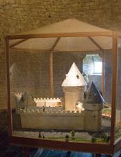 Château de Lavaux-Sainte-Anne : maquette du Château